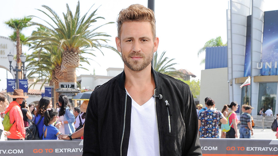 Nick Viall - Extra - Getty H - 2016