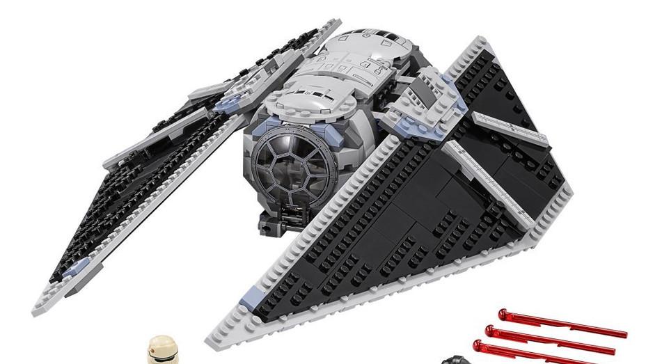 Lego Rogue One TIE Striker - Publicity - H 2016