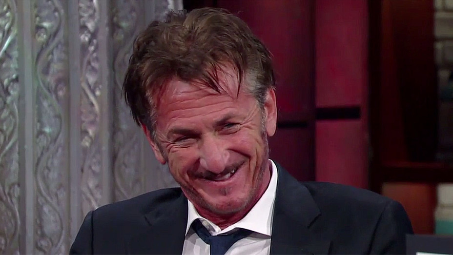 Sean Penn Agrees To Join Twitter Screen shot - H 2016