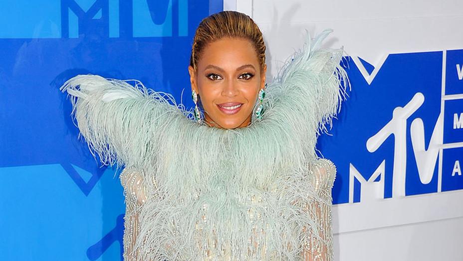 Beyonce - H - 2016