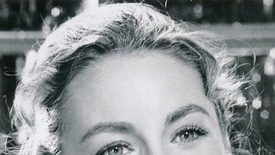 Charmian Carr Sound of Music - H