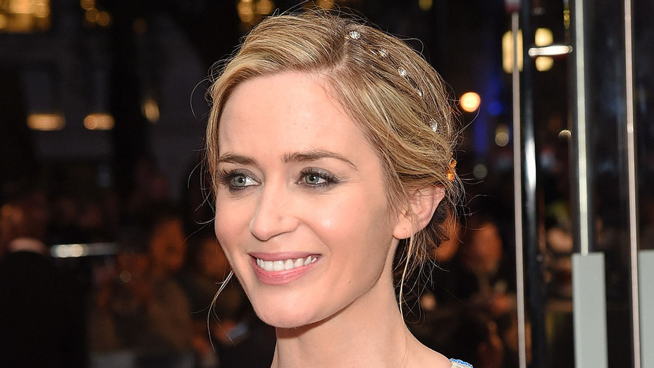 Emily Blunt - The Girl On The Train  Premiere - Getty - H - 2016
