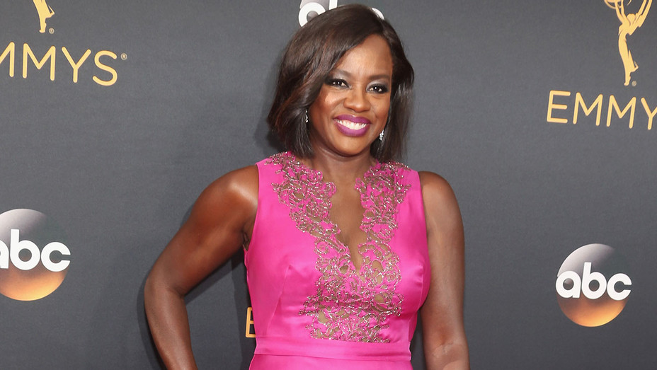 Viola Davis attends the 68th Annual Primetime Emmy Awards - Getty - H 2016