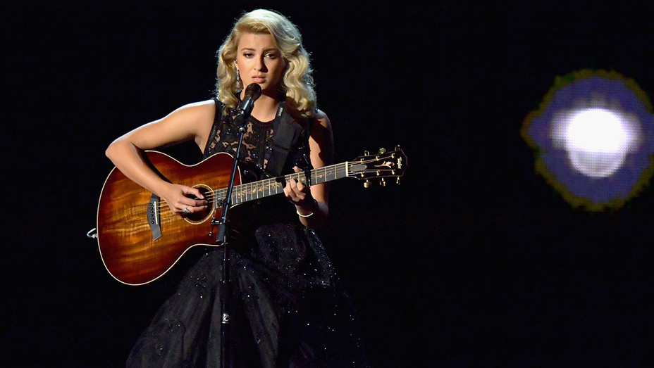 Tori Kelly performs onstage during the 68th Annual Primetime Emmy Awards - Getty - H 2016