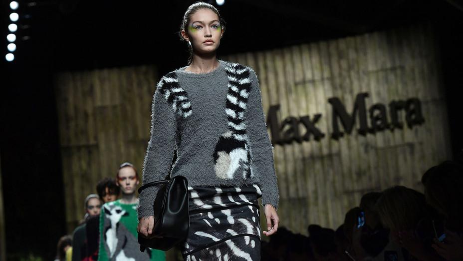 Gigi Hadid walks runway Max Mara - Milan Fashion Week Spring Summer 2017 - Getty -H 2016