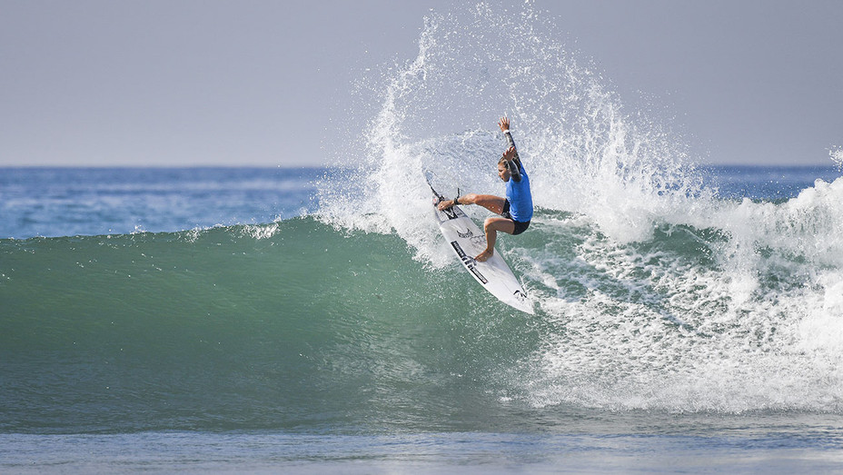 THE 5 FEMALE SURFERS HOLLYWOOD SHOULD KNOW - Coco Ho -Publicity-H 2016