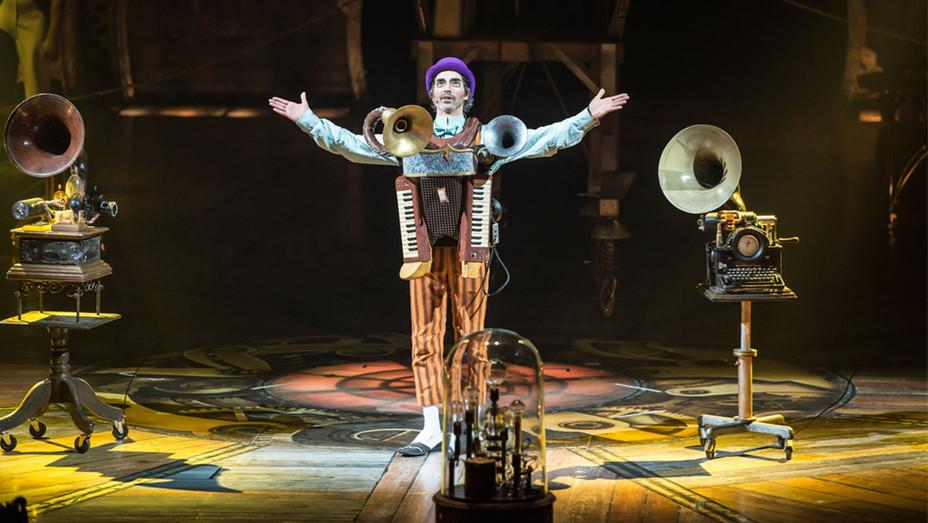 Kurios - Cirque du Soleil - H - 2016