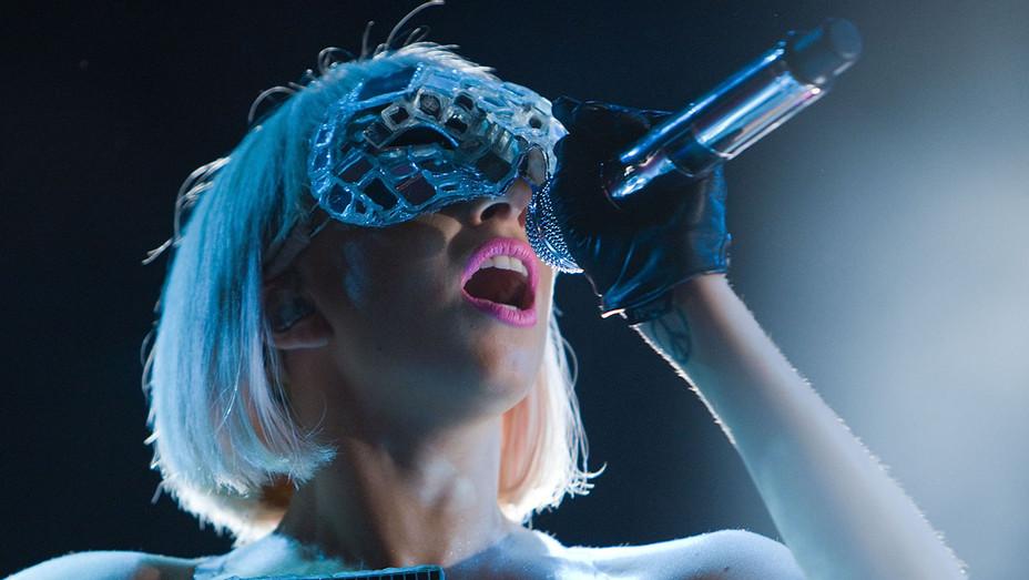 Lady Gaga Performing - Berlin 2009 - Getty -H - 2016