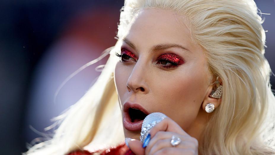 Lady Gaga Performing - Super Bowl 50 - H - 2016