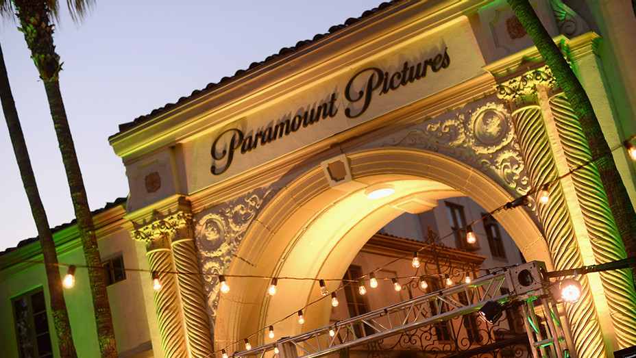 Paramount Pictures Exterior - H - 2016