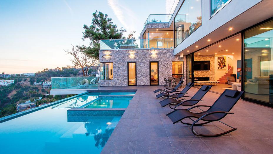 Real Estate - Main - H - 2016