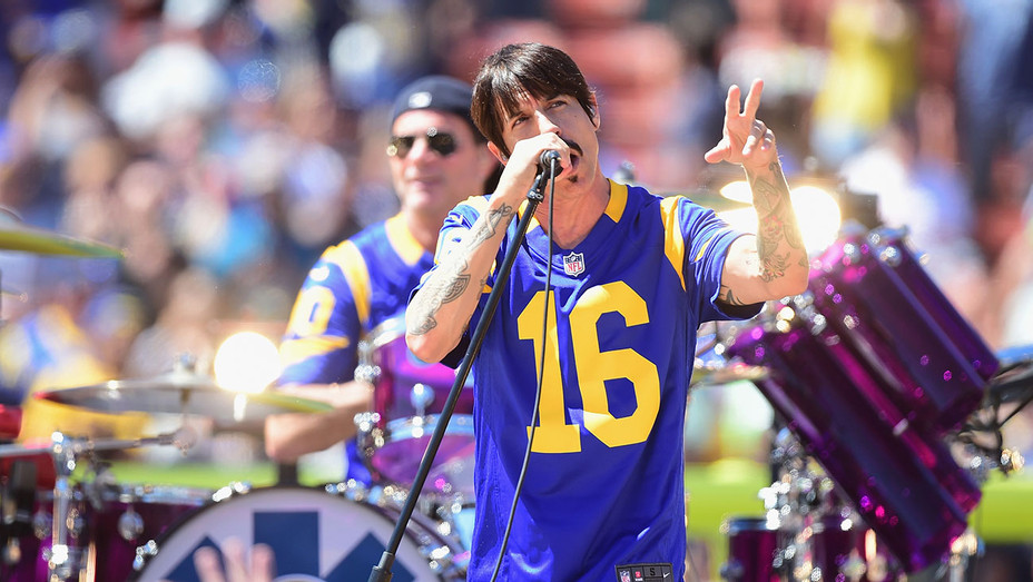 Red Hot Chili Peppers Rams Game - Getty - H 2016