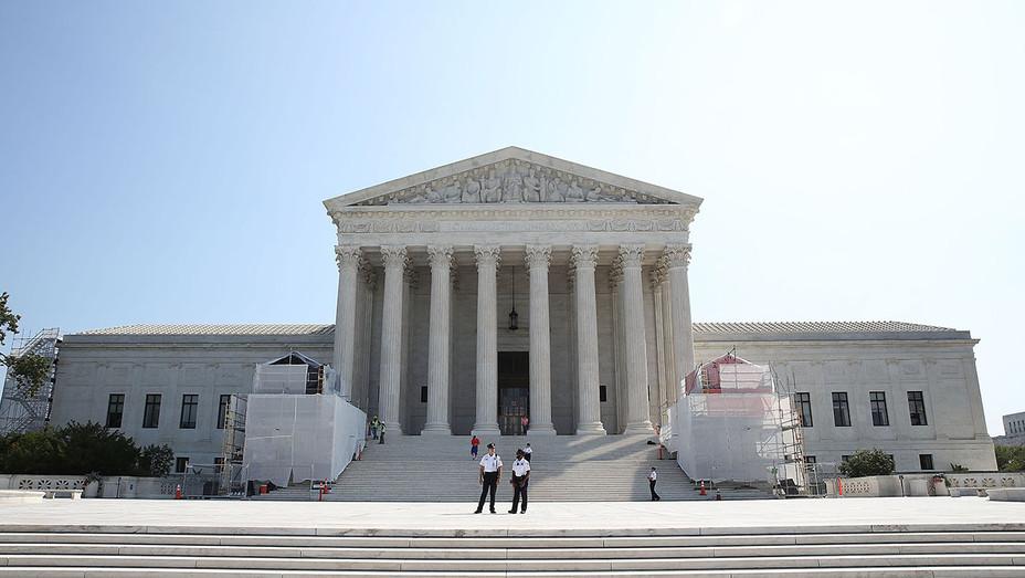Supreme Court Exterior - H - 2016