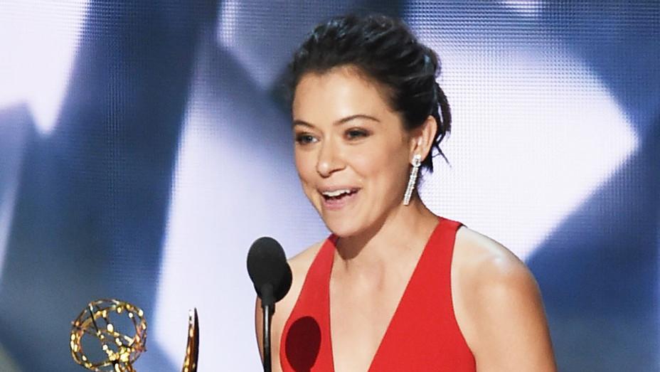 Tatiana Maslany - Emmy - Stage - H - 2016