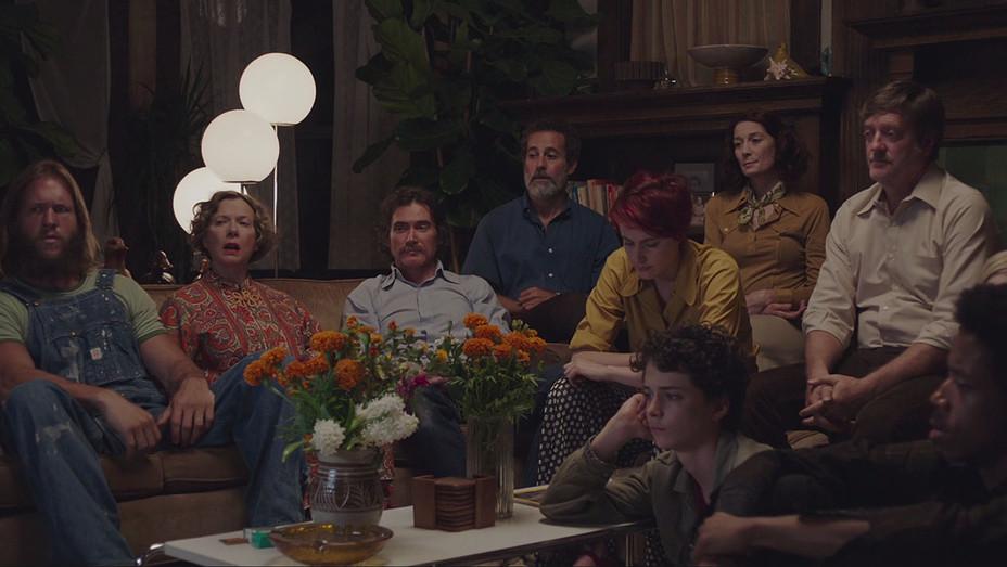 20TH CENTURY WOMEN - Cast - Screenshot - H - 2016