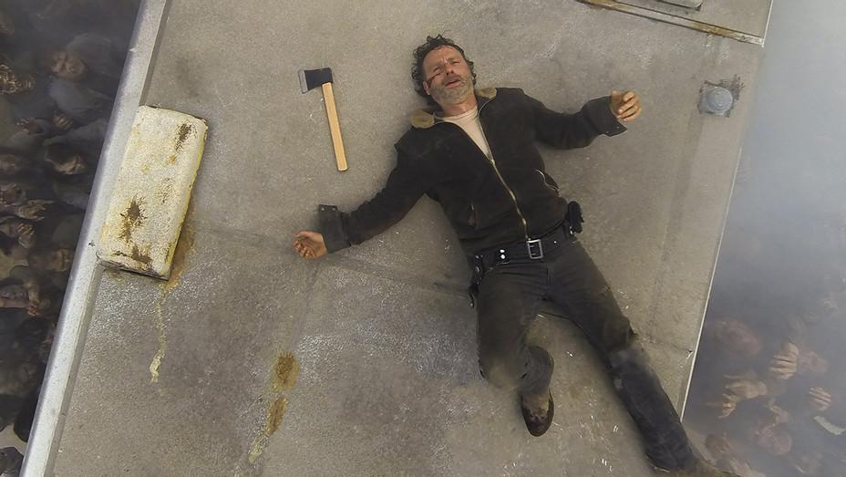 The Walking Dead Season 7 Premiere - Rick on RV - H Publicity 2016