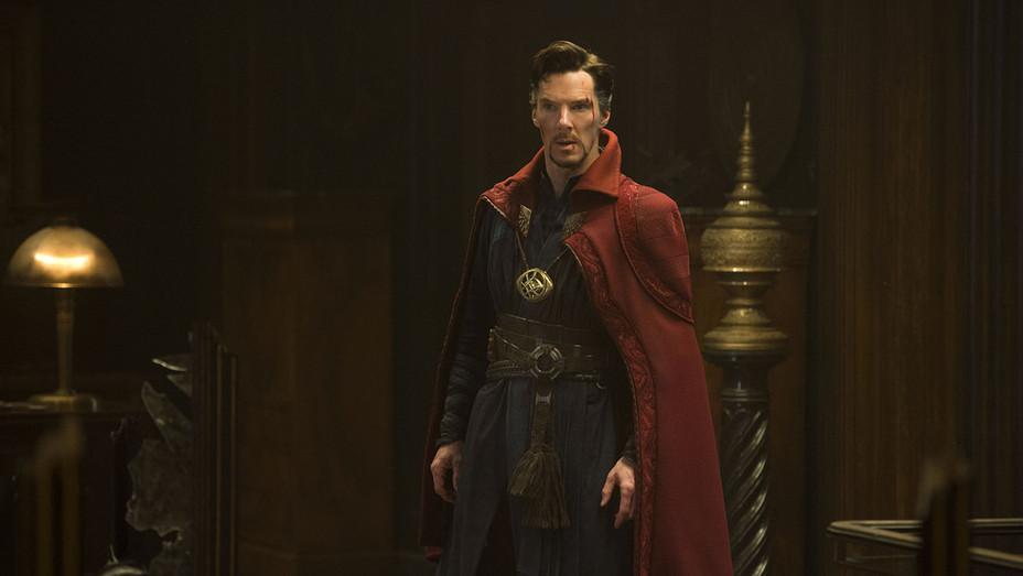 Marvel's DOCTOR STRANGE - Still 5 - Benedict Cumberbatch - H 2016