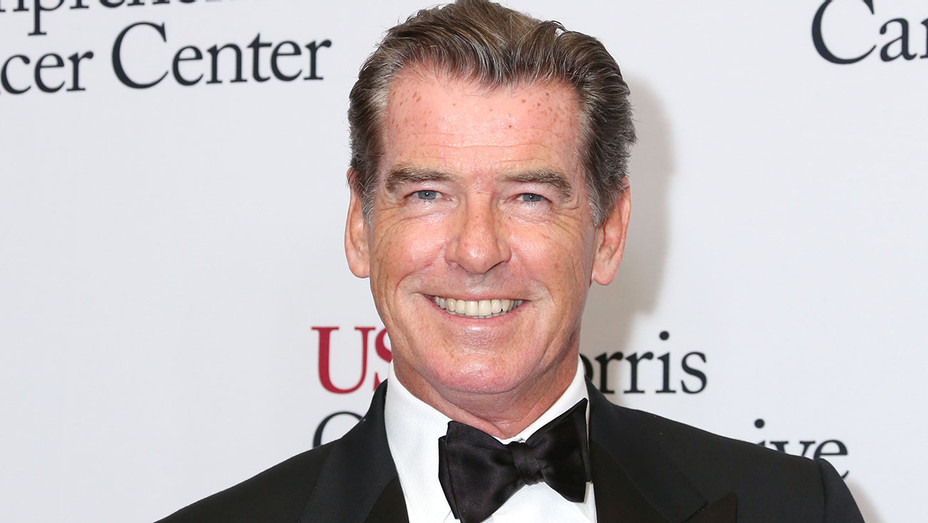 Pierce Brosnan attends the USC Norris Cancer Center Gala- Getty - H 2016