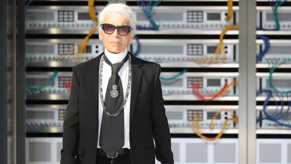 Karl Lagerfeld walks the runway-Chanel show- Spring/Summer 2017-Getty-H 2016