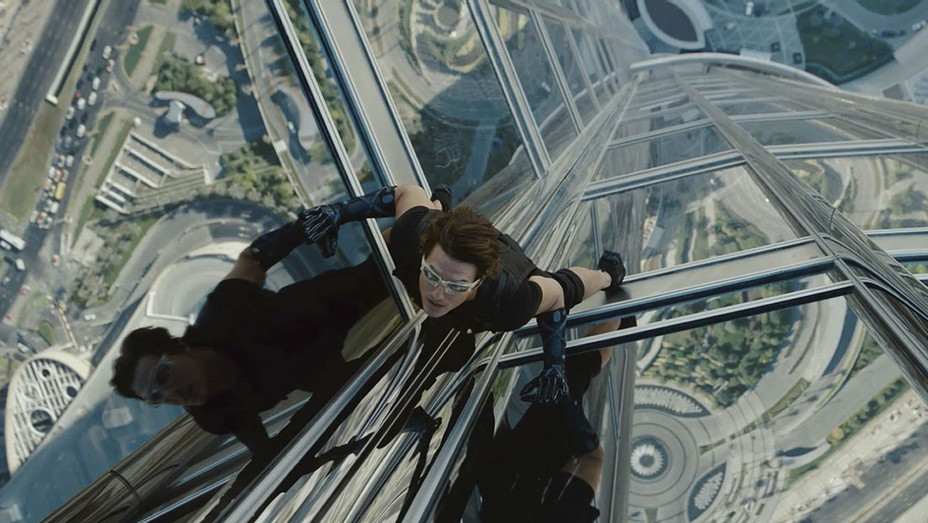 Mission Impossible Ghost Protocol 2011 - Tom Cruise - Still - H - 2016