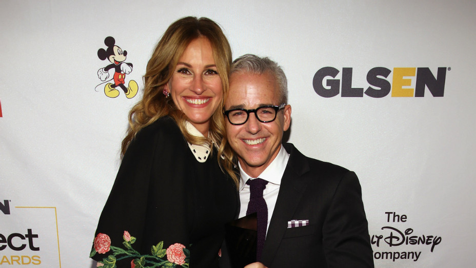 Julia Roberts, Jess Cagle at GLSEN Respect Awards - Getty - H 2016