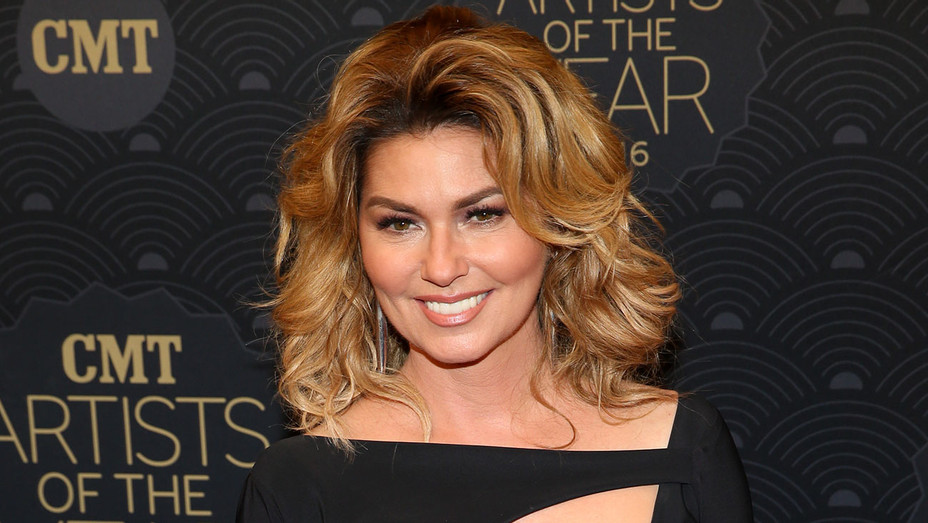 Shania Twain - 2016 CMT Artists Of The Year - Getty - H - 2016