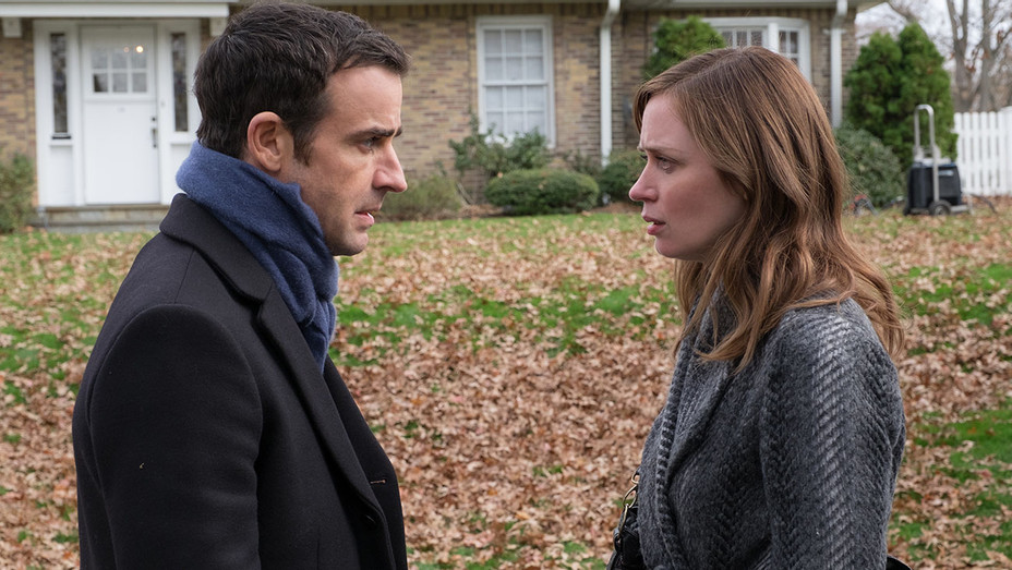 The Girl on the Train 2 - JUSTIN THEROUX - EMILY BLUNT - Still - H - 2016
