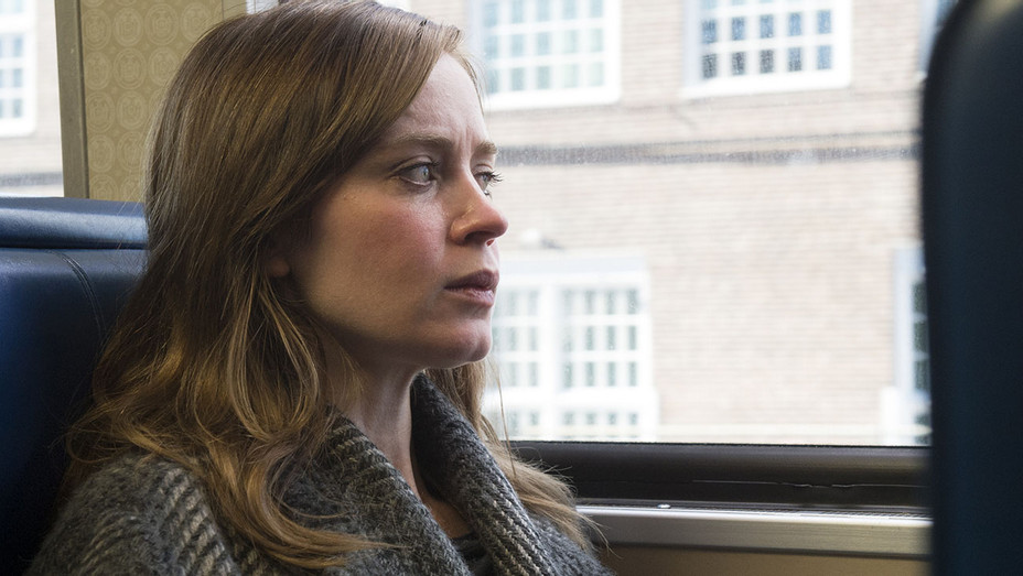 The Girl on the Train 4 - EMILY BLUNT - Still - H - 2016