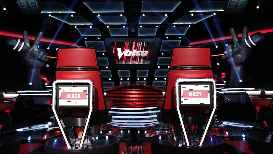 The Voice Season 11 - Battles 1 - Still - H - 2016