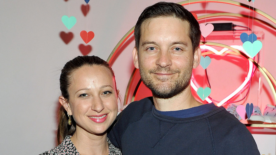 tobey maguire and jennifer meyer - Superga Event - Getty - H - 2016
