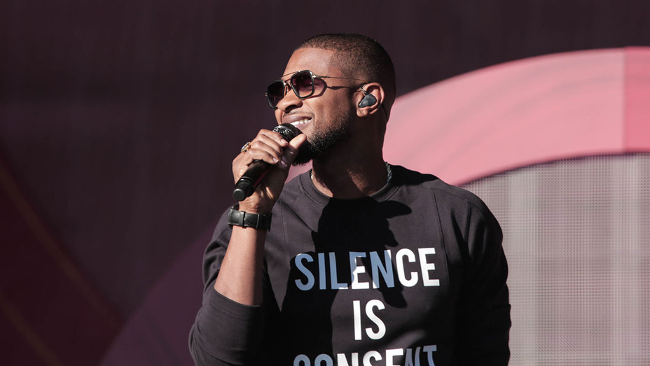 Usher Performing - Getty - H 2016