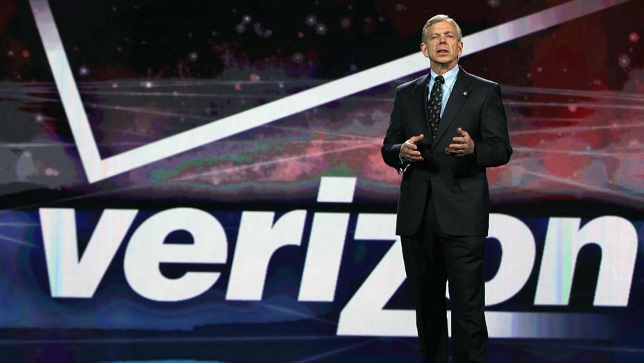 Verizon chairman and CEO Lowell McAdam - Getty H 2016