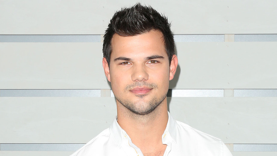 taylor lautner - breeders cup - getty - h - 2016