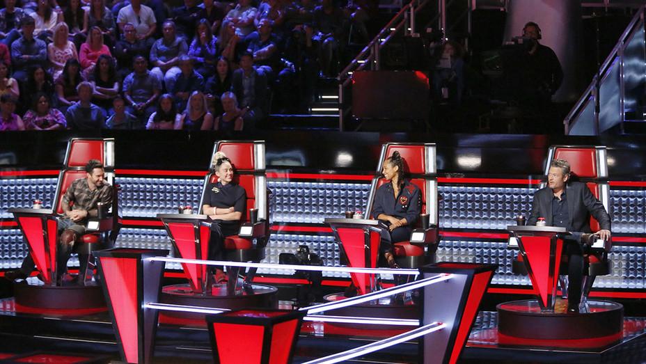 The Voice Season 11 - Live Playoffs 1 - H - 2016