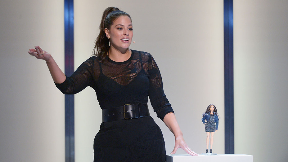 Ashley Graham - Glamour Women Of The Year 2016  - Getty - H - 2016