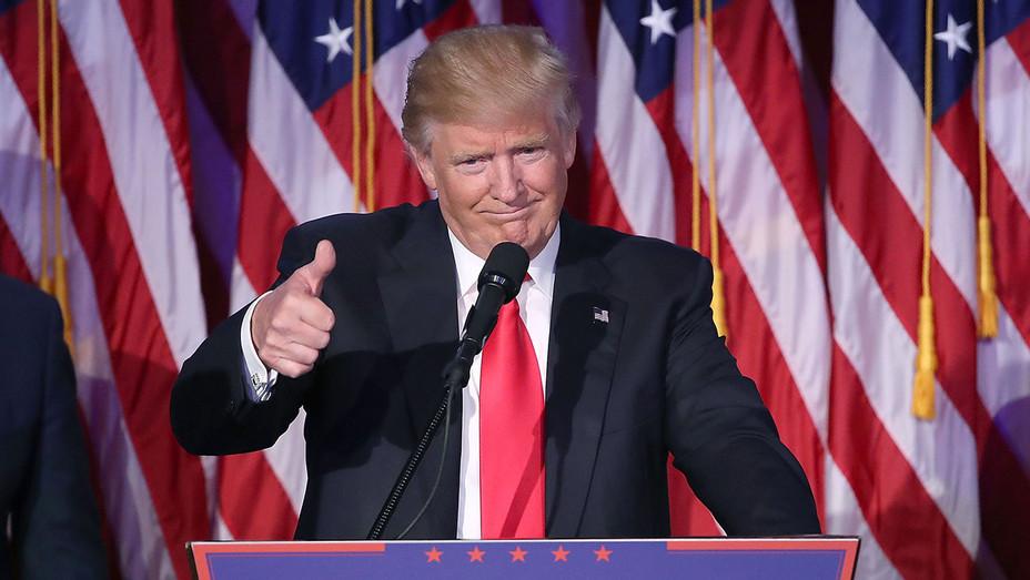 Saludo Libro Desprecio  New Balance Supports Trump Presidency, So People Are Burning Their Sneakers  | Hollywood Reporter