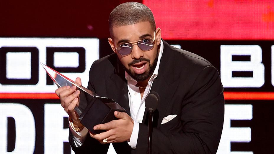 Drake - AMA - Getty - H - 2016