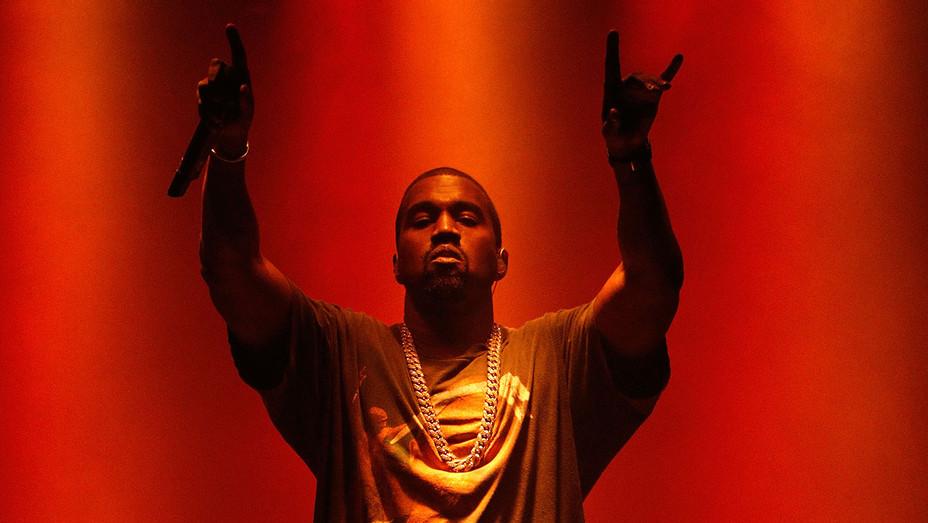 Kanye West -October 2, 2016- H 2016