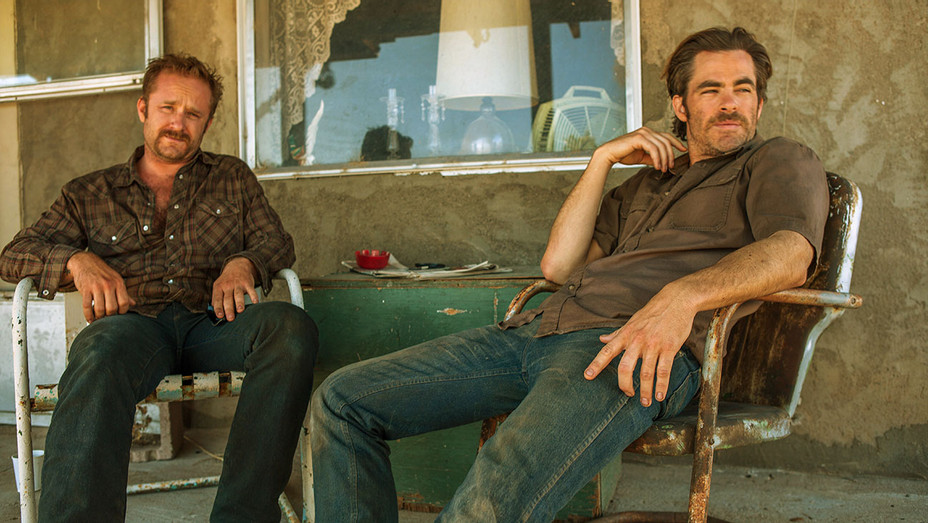 Playbook: CHRIS PINE - Hell or High Water -Publicity- H 201