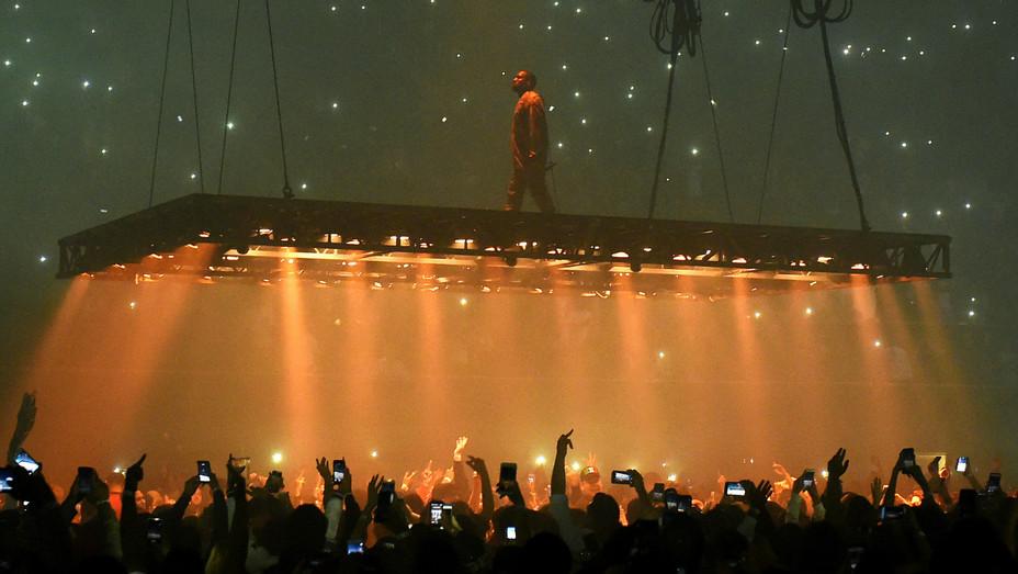Kanye West San Jose concert Getty 2016 - H