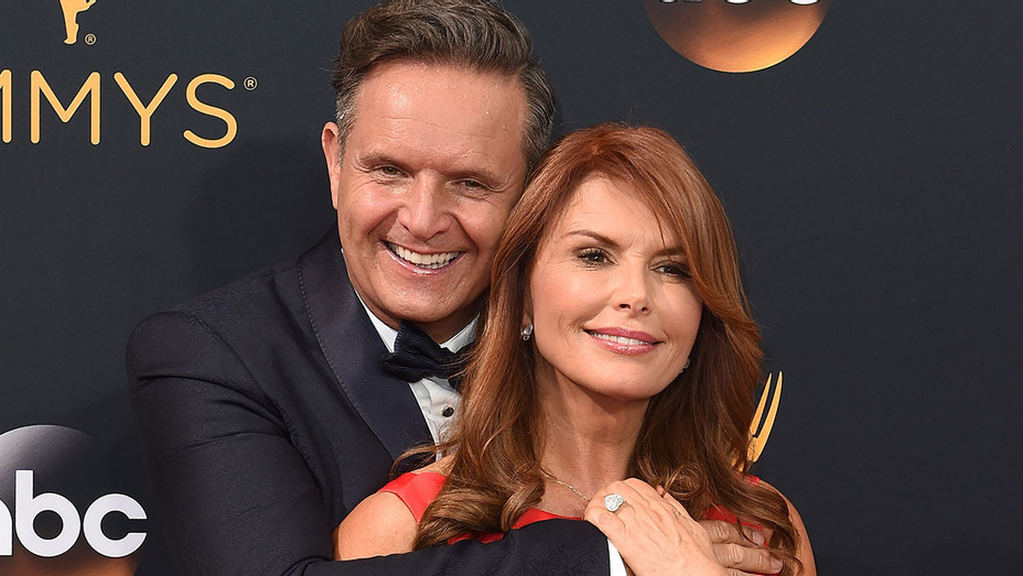 Mark Burnett Roma Downey - Emmy Awards - Getty - H - 2016