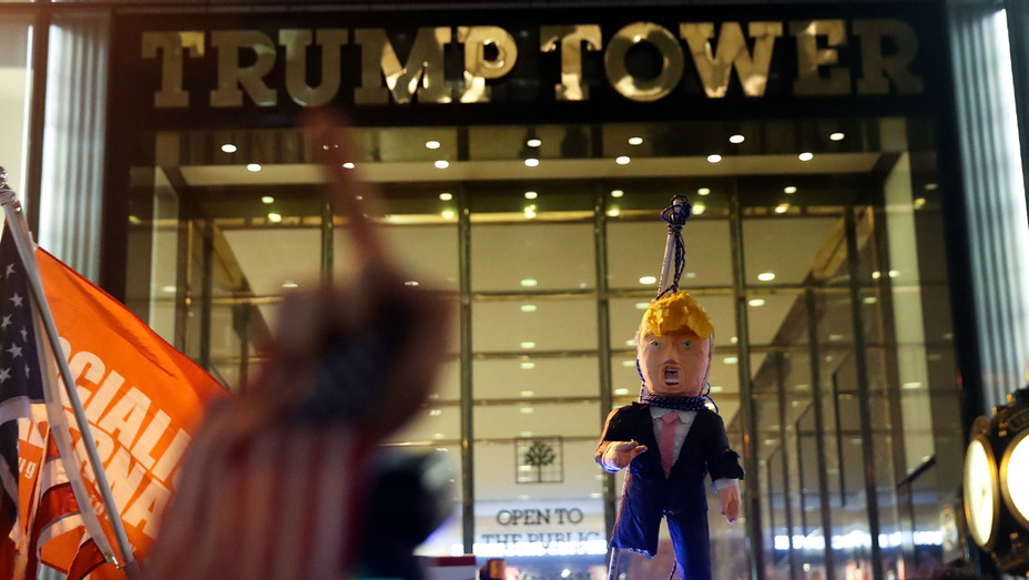 Trump protests New York - Getty - H 2016