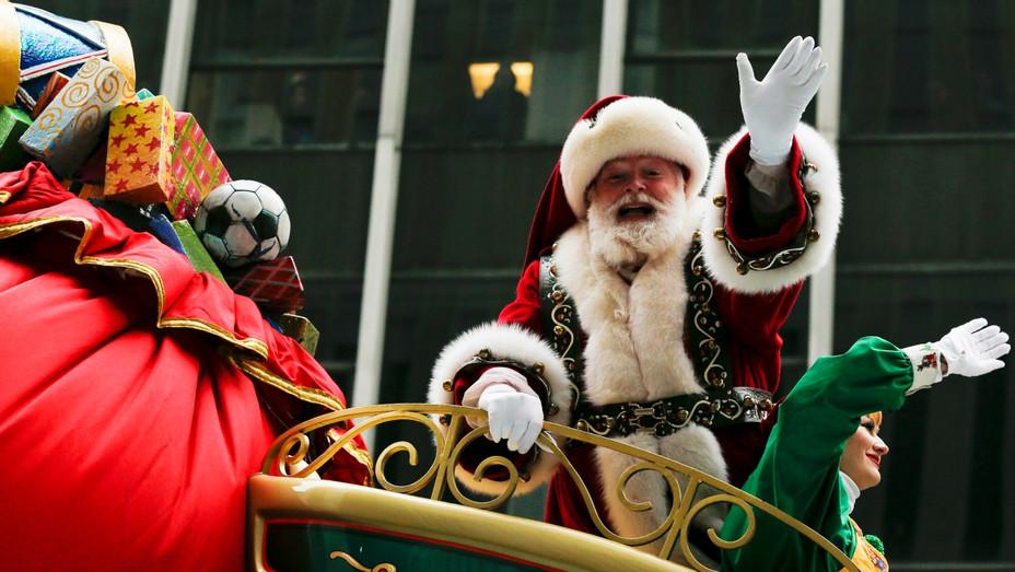 Santa Claus Macys Parade - H - 2016