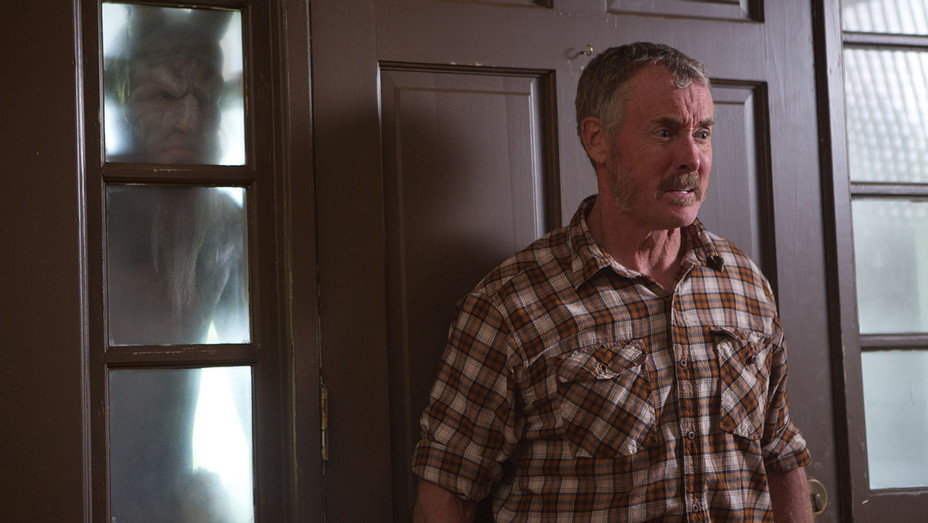 Stan Against Evil - Still - H - 2016