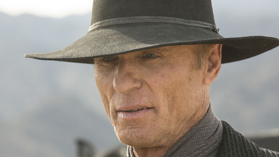 WESTWORLD - E06 - Still 2 - Ed Harris - EMBED - 2016