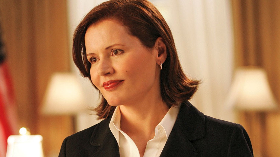 Commander-In-Chief ABC Season 1 -Geena Davis - Photofest-H 2016