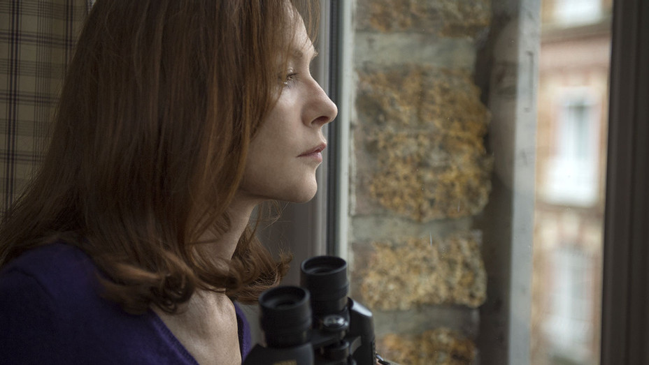 Elle - Still 2 - Isabelle Huppert - H 2016