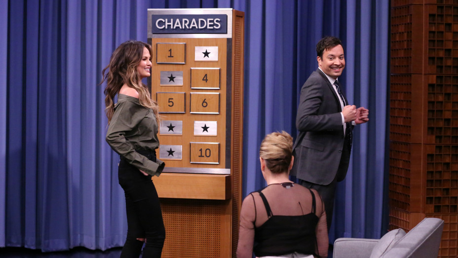 Jimmy Fallon, Chrissy Teigen on The Tonight Show - Publicity - H 2016