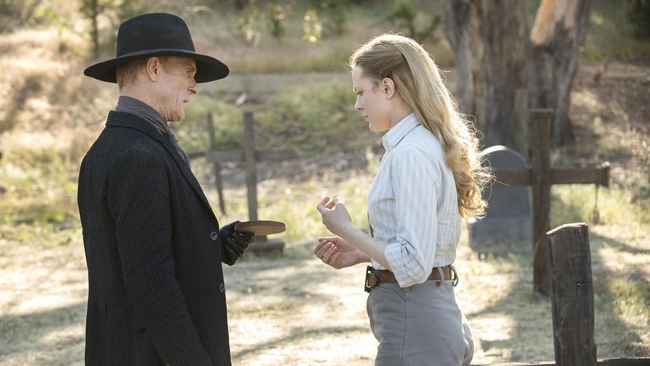 Westworld Finale -Still 3-  Ed Harris and Evan Rachel Wood - H 2016