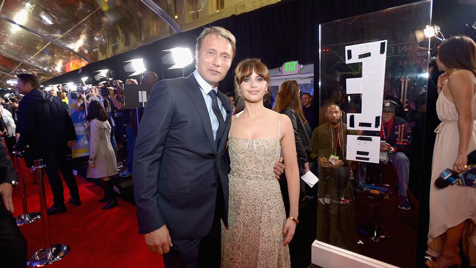 Felicity Jones Mads Mikkelsen Rogue One Premiere - H 2016
